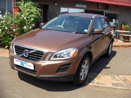 2011 Volvo XC60 2.0T Powershift,