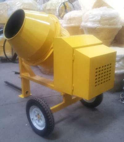 Concrete Mixer 350L Industrial Area - image 2