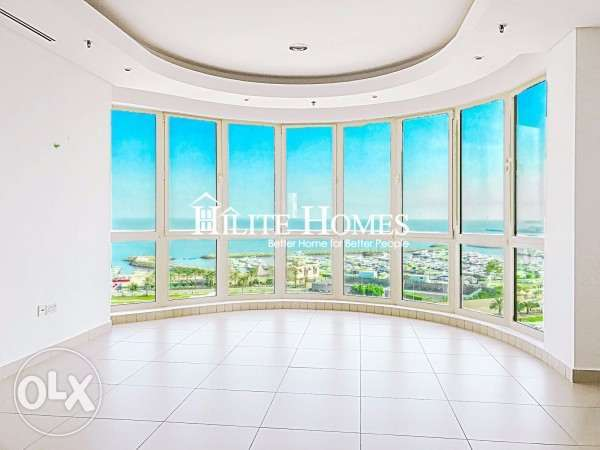 Modern and spacious 3 bedroom floor apartment for rent