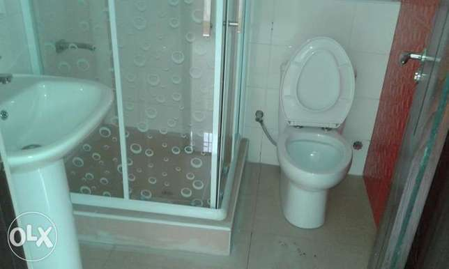 A Lovely 3 Bedrooms Flat for Rent in Lekki Phase 1, Lagos. Ikoyi - image 7