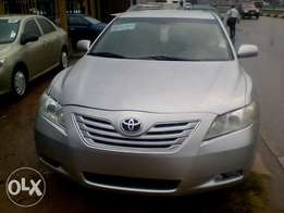 Fresh clean Tokunbo 2008 Camry. Need urgent cash.