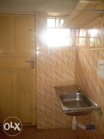 Self contained room to let at Cornershop by Carwash FHA Lugbe Lugbe - image 4