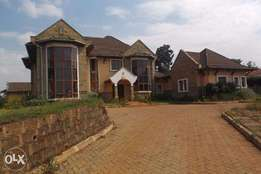 4 bedroom townhouse on 0.5 acre for rent in Runda
