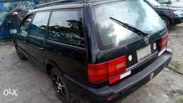 Extreemely sound firstbody Passat wagon with factory chilling AC