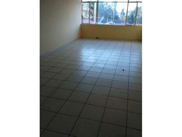 Spacious 2 Bedroom Flat for sale PRICE REDUCED!!! Kempton Park - image 8