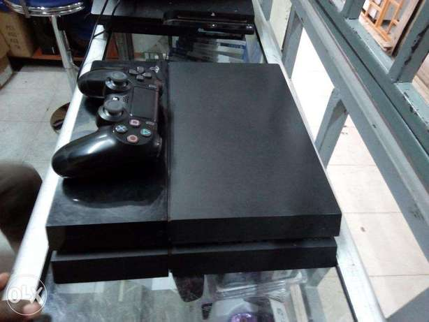 Ex UK PS4 Refurbished and certified with One Year warranty Nairobi CBD - image 1