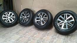 Limited eddition!! Fortuner 2016 rims and tyres
