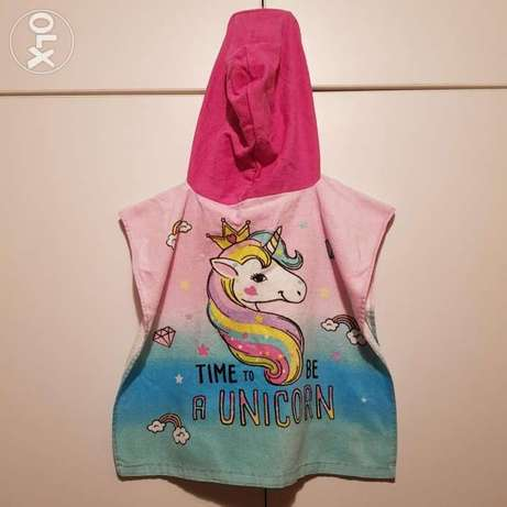 Kids Hooded Bath or Beach Towel. Up to 4years old.