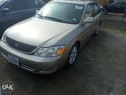 2000 Toyota Avalon told for sale