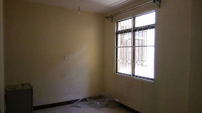 South B - 2 bedroomed apt South B - image 1