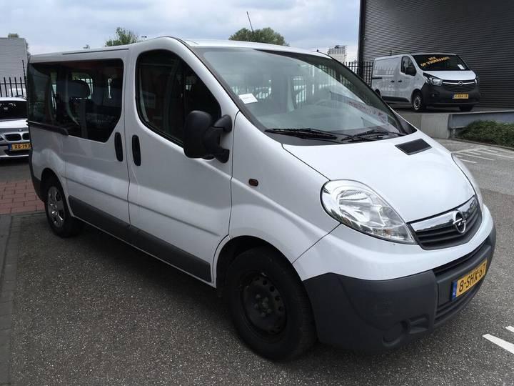 Opel Vivaro Combi 2.0 CDTI (incl. BPM, Excl. BTW) Combi/Kombi/9 - 2013
