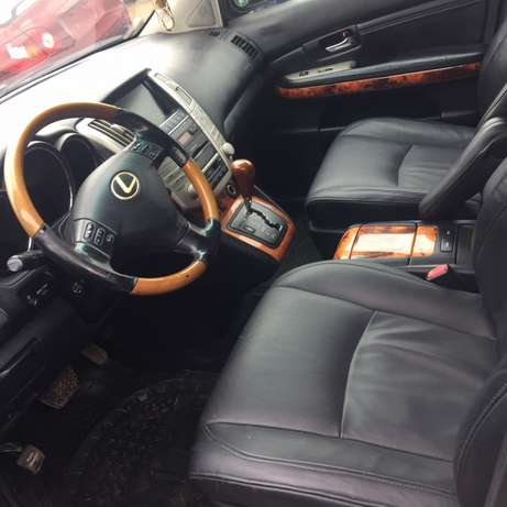 registered 2009 model Lexus RX350 Ikeja - image 2
