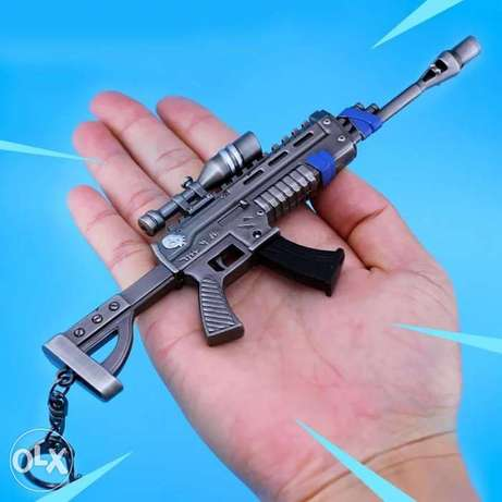 Fortnite metal keychain toys collection