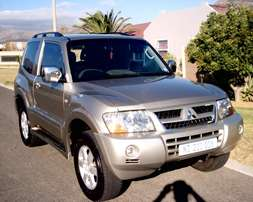 Great Deal!! 2004 Mitsubishi Pajero SWB 3.2 DiD GLS 4X4 Manual!