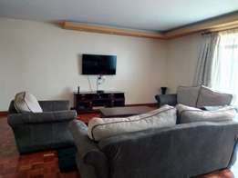 fully furnished 3 bedroom apt to let at kilimani