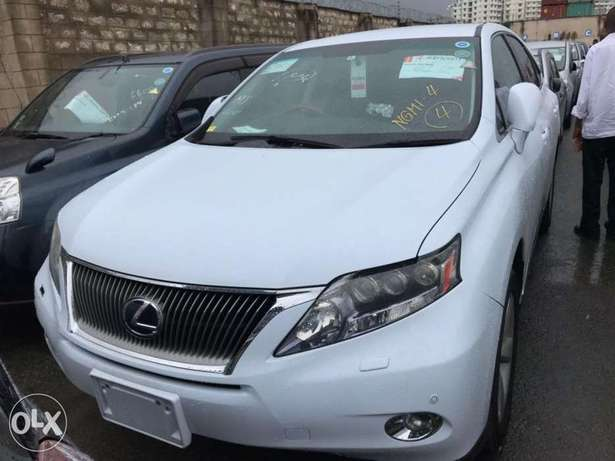 2010 model of Pale white Lexus rx450h KCP number Mombasa Island - image 2