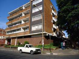 Bachelor flat available now in Rosettenville numbe 148 Mabel street