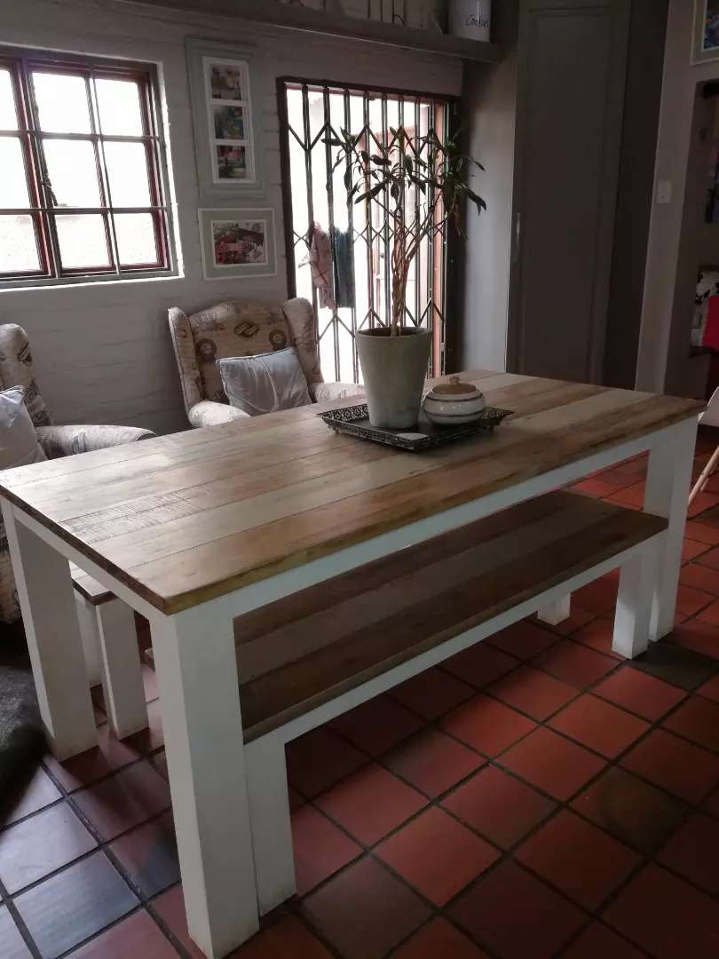 Coricraft Dining Table With Benches