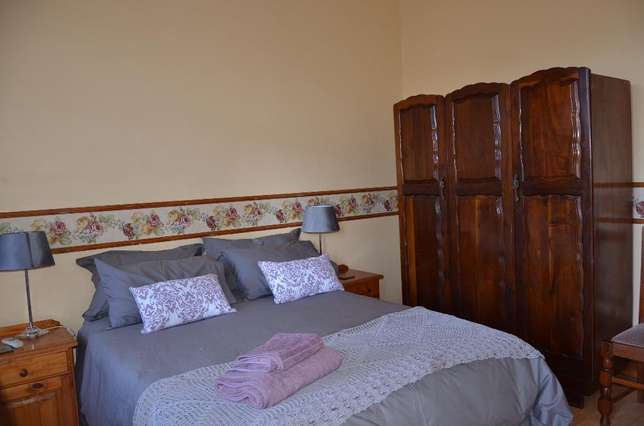 Fully furnished room with own bathroom Rustenburg - image 4
