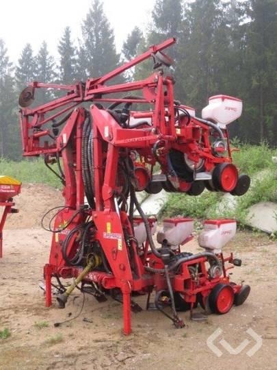 Gaspardo Corn sowing machine with fertilizer - 03
