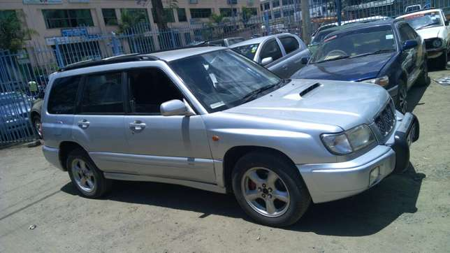 Very clean Subaru forester Afraha - image 5