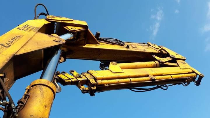 Copma C2630 loader crane