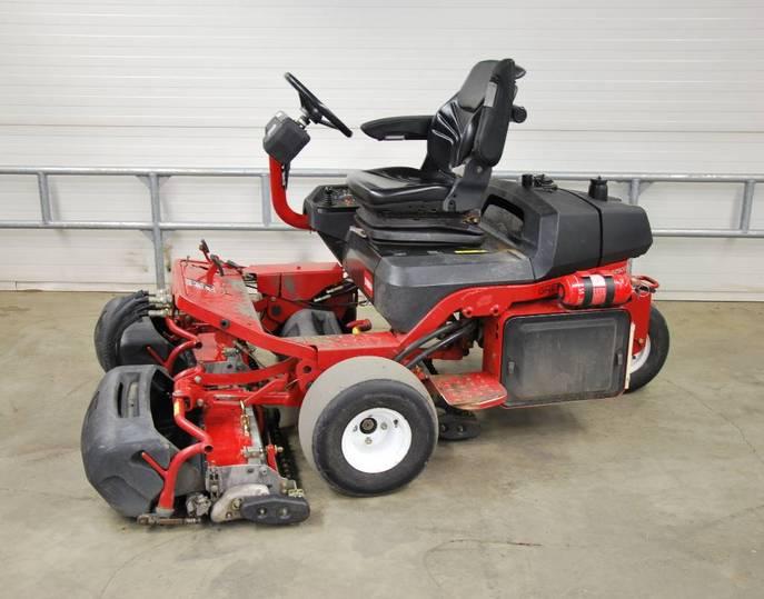 Toro Greenmaster 3250 D - 2004