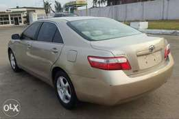 A Clean Tokunbo 2007 Toyota camry, Ac working perfectly.