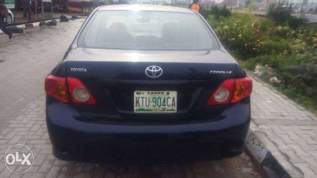 Manual Gear Reg 2009 Toyota Corolla LE In A Buy And Drive Condition. Lekki - image 7