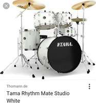 5pcs TAMA Drum set..{RYTHM MATE}