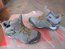 продам ботинки Merrell оригинал демисезонные 798246a9a7bf0