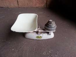 Vintage Lincoln Kitchen Scale with Weights