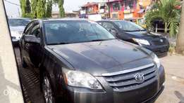 Tokunbo Toyota Avalon 2005 model