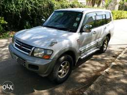 Mitsubishi pajero, Exceed, 3000cc Diesel. Fully loaded