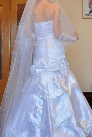 Весільна сукня  1 900 грн. - Весільні сукні Луцьк на Olx 1fd2fd348ba08