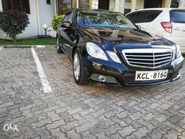 2009 Mercedes E300 AVANTGARDE