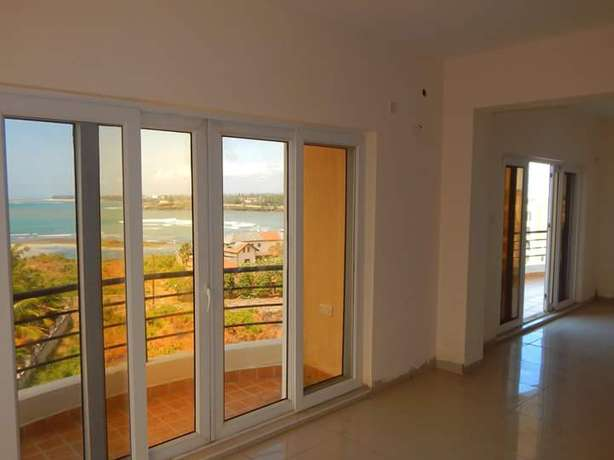 BREATHTAKING 3 bedroom Apartment with swimming pool Nyali - image 5