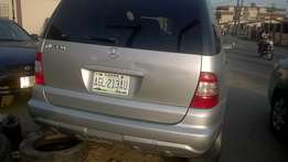 Mercedes-Benz ML 320 (2003)