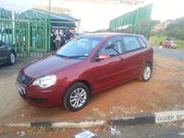 Immaculate condition 2008 Maroon VW Polo 1.6 Hatch Full house