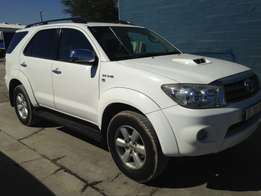 2011 Automatic Toyota Fortuner 3.0 D4d