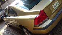2004 Volvo S60 For Sale.