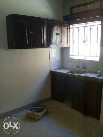 Two bedroom two bathroom self contain house for rent in kisaasi Kampala - image 3