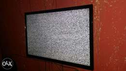 Samsung 42inch led tv USB and hdmi port