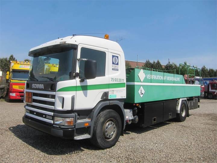 Scania P94-260 4x2 10.000 L. Adr - 2000
