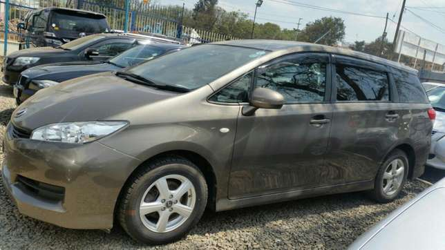 Clean newshape Toyota wish choice of 2010model.buy on hire-purchase Lavington - image 8