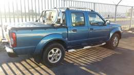 Nissan hardbody double cab in very good condition at R 97000 neg.