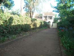Executive own compound 1/2 acre 5 bedroom to let at Thome garden estat