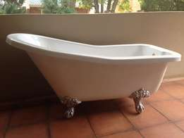 Victorian Style bath, fibre glass with shower accessories