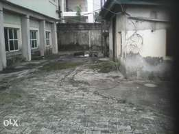 2 unit of 3 bedroom apartment duplex and a gate house. 35m