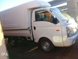 H100 Truck in Excellent Condition For Sale!